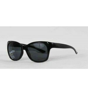 Nwt SMITH Feature black sunglasses